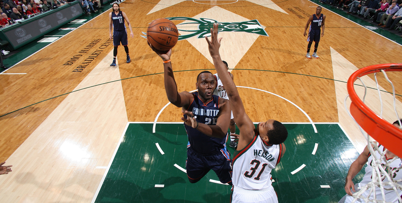 Charlotte Bobcats v Milwaukee Bucks